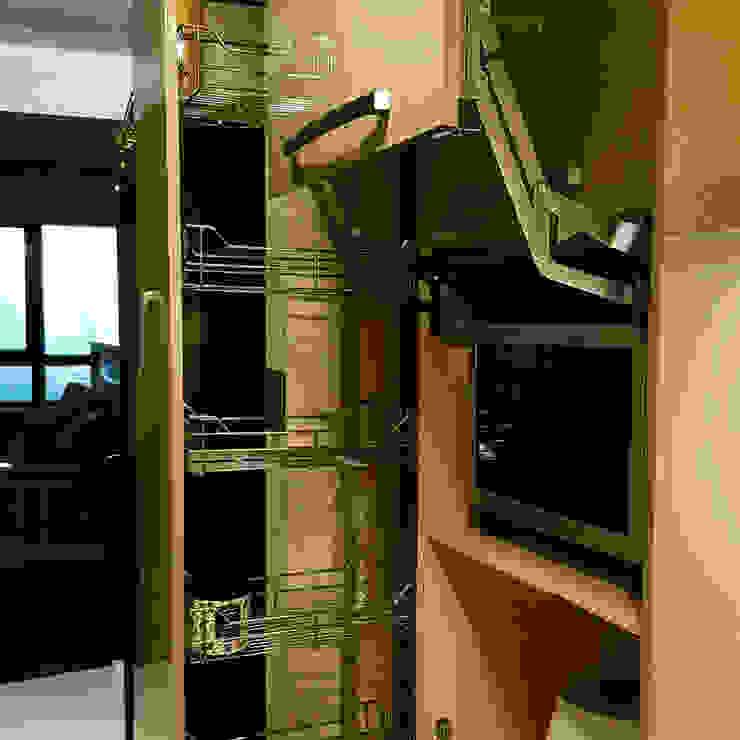 電器櫃及高身櫃: 現代  by 微.櫥設計/We.Design Kitchen, 現代風