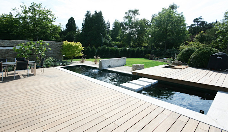 Sichtwasserbecken mit Stepstobes Moderner Garten von Avantecture GmbH Modern