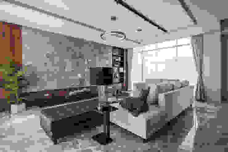 仁安墅/靜心觀築 现代客厅設計點子、靈感 & 圖片 根據 SING萬寶隆空間設計 現代風