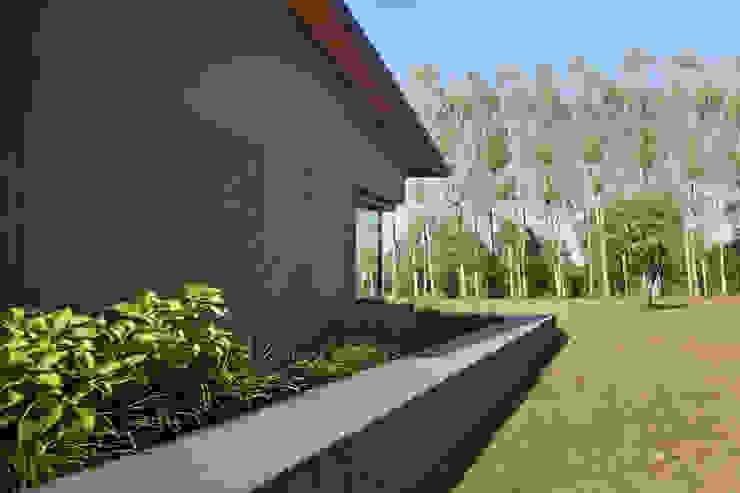 110_Abitazione in campagna Ingresso, Corridoio & Scale in stile rurale di MIDE architetti Rurale