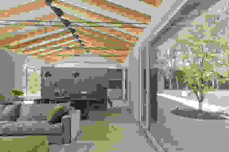 110_Abitazione in campagna Giardino rurale di MIDE architetti Rurale