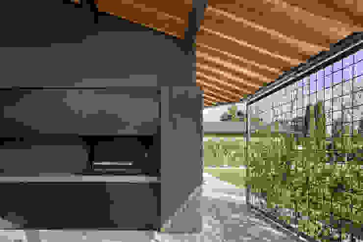 110_Abitazione in campagna Spogliatoio in stile rurale di MIDE architetti Rurale