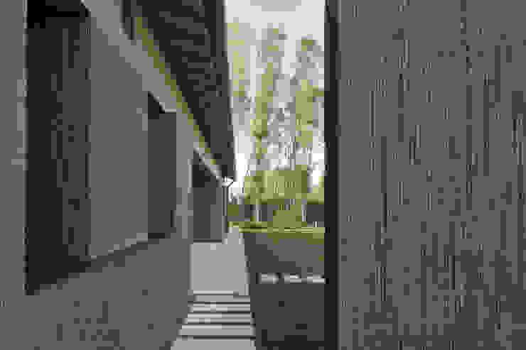 110_Abitazione in campagna Sala da pranzo rurale di MIDE architetti Rurale