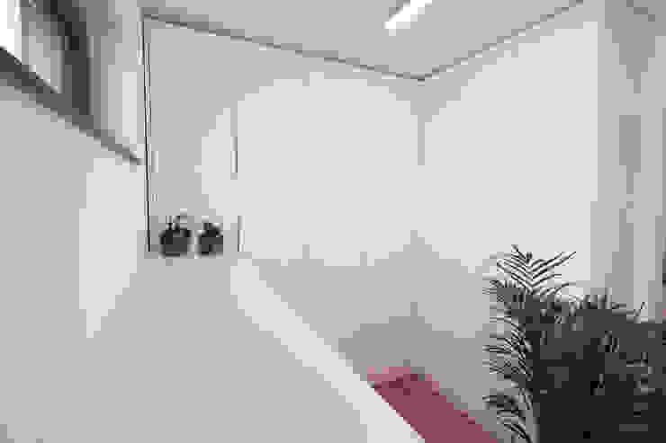 de meine möbelmanufaktur GmbH Moderno