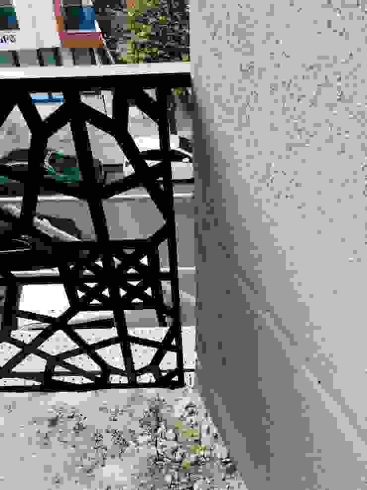 Yapısan Cephe Sistemleri Balkon Aluminium/Zink Schwarz