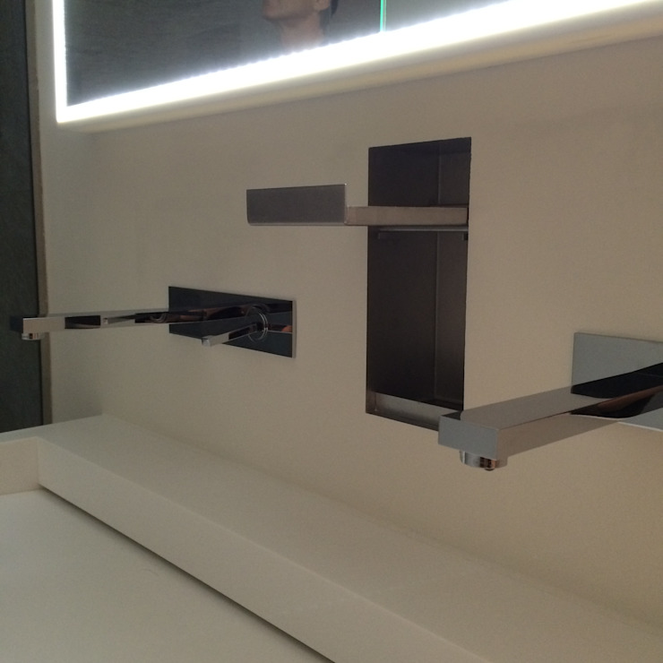 CLARE studio di architettura 現代浴室設計點子、靈感&圖片
