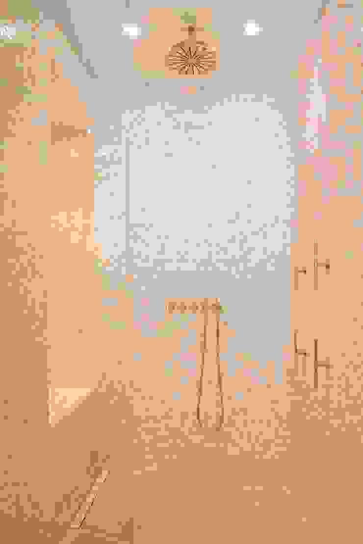 Modern bathroom by ÈMCÉ interior architecture Modern Tiles
