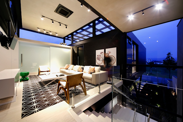 sala tv Salas de estar modernas por Bruno Rubiano Moderno