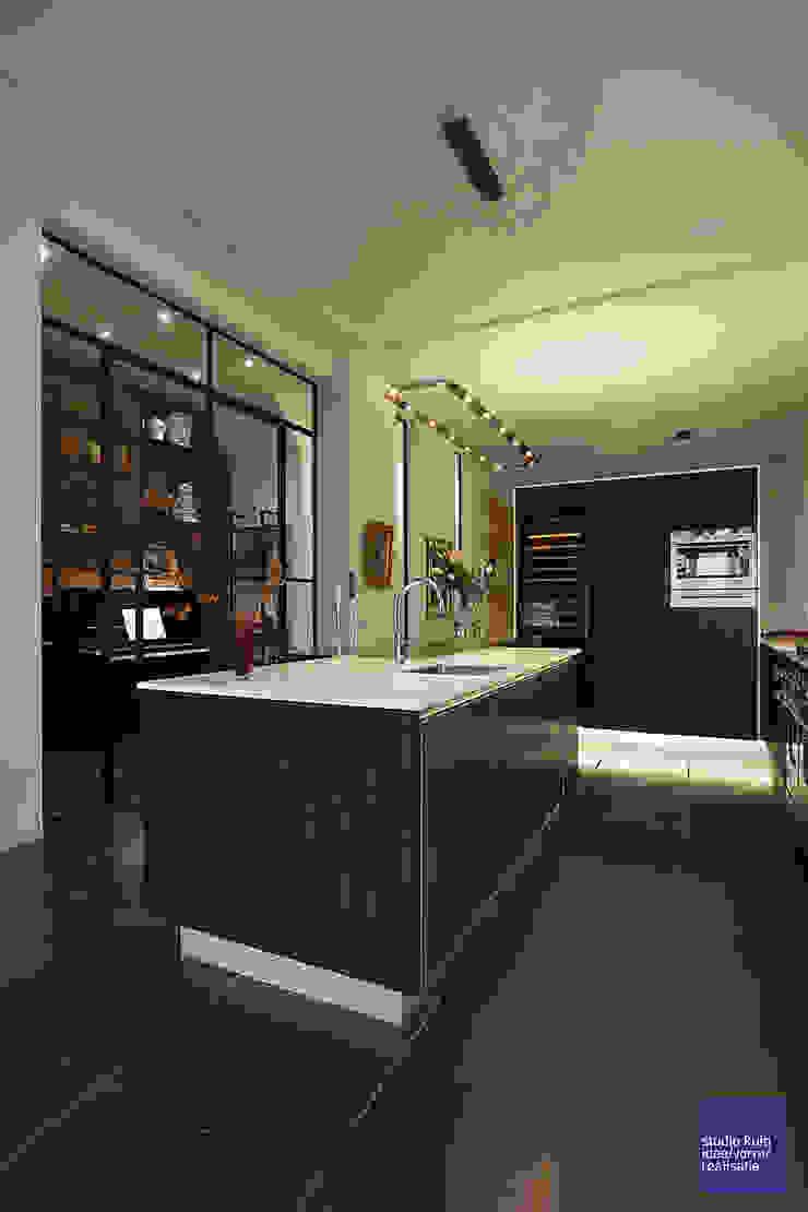 keuken: modern  door Studio Kuin BNI, Modern