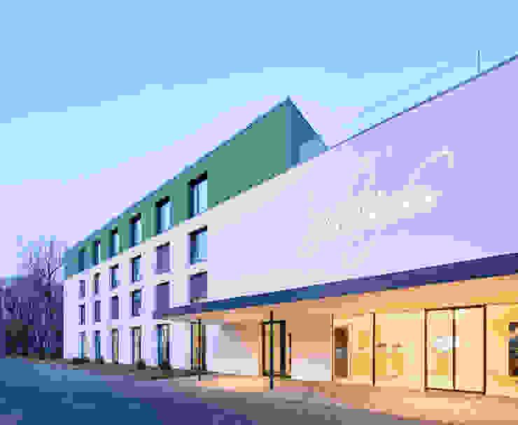 Eingangsbereich Erweiterung Moderne Hotels von Steffen Wurster Freier Architekt Modern