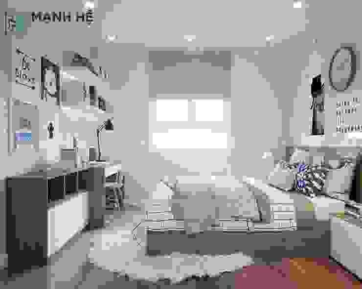 Phòng bé được trang trí với nhiều tranh treo tường đáng yêu Công ty TNHH Nội Thất Mạnh Hệ Phòng ngủ phong cách hiện đại