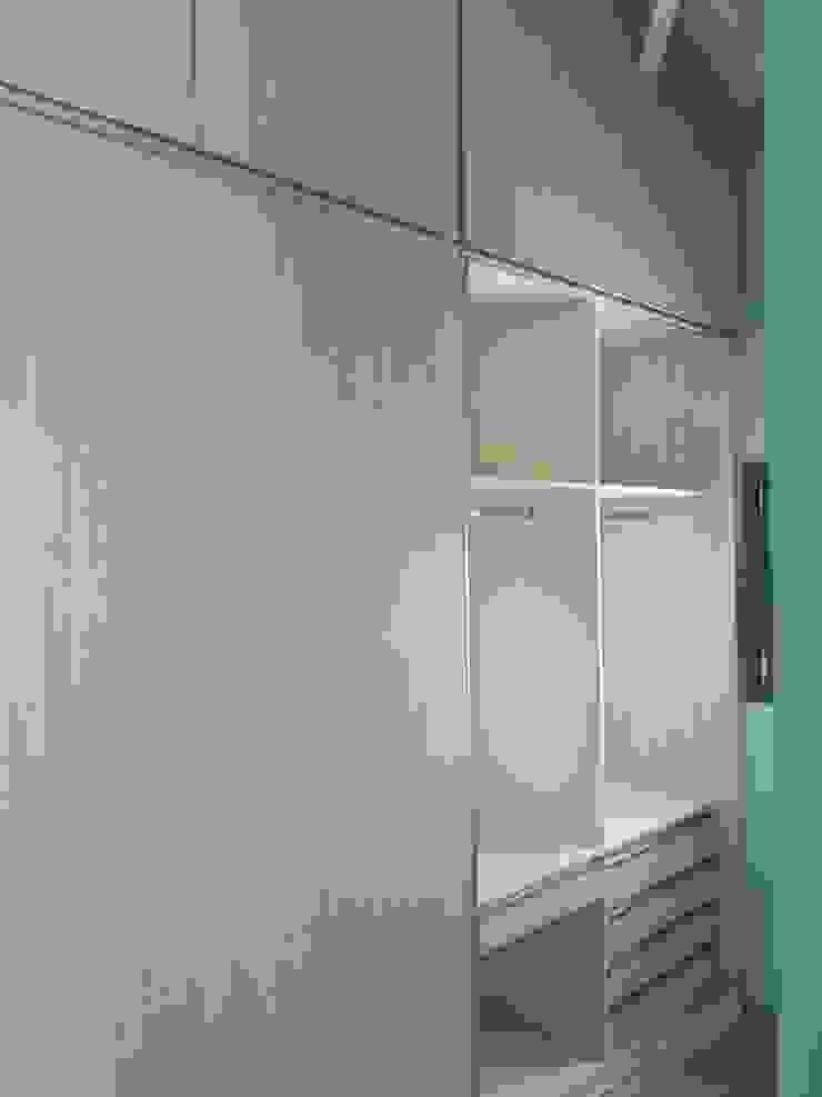 Dario Basaldella Arquitectura Classic style dressing room Engineered Wood White