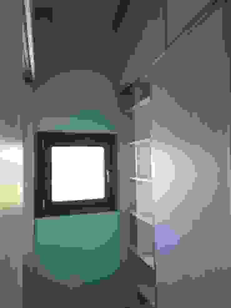 Dario Basaldella Arquitectura Modern Dressing Room Engineered Wood Wood effect
