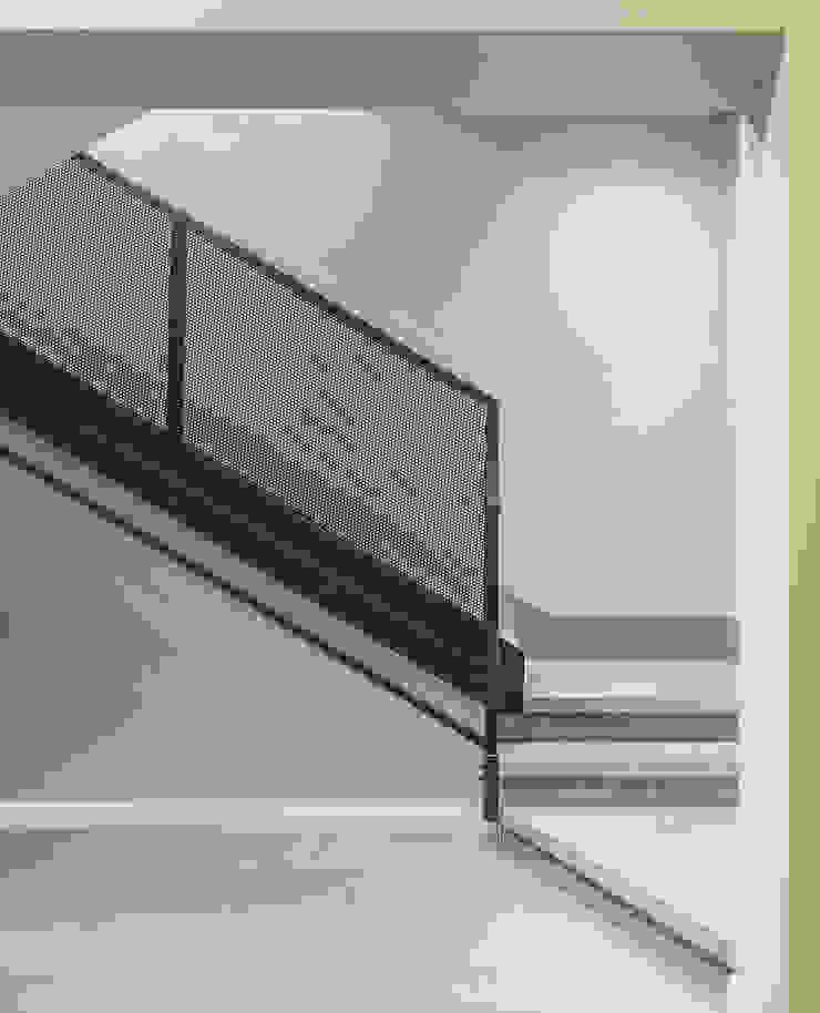 MODO Architettura Escaleras Concreto Gris