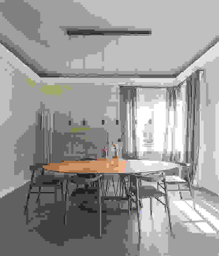 MODO Architettura Comedores de estilo moderno
