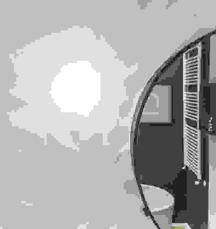MODO Architettura Baños de estilo moderno