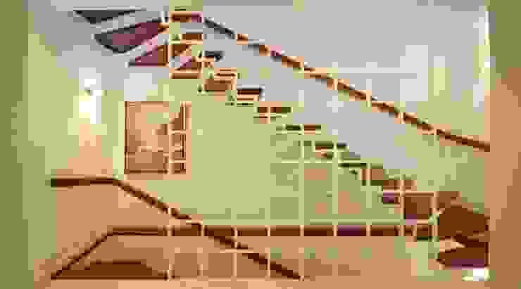 raumdeuter GbR Stairs Wood White