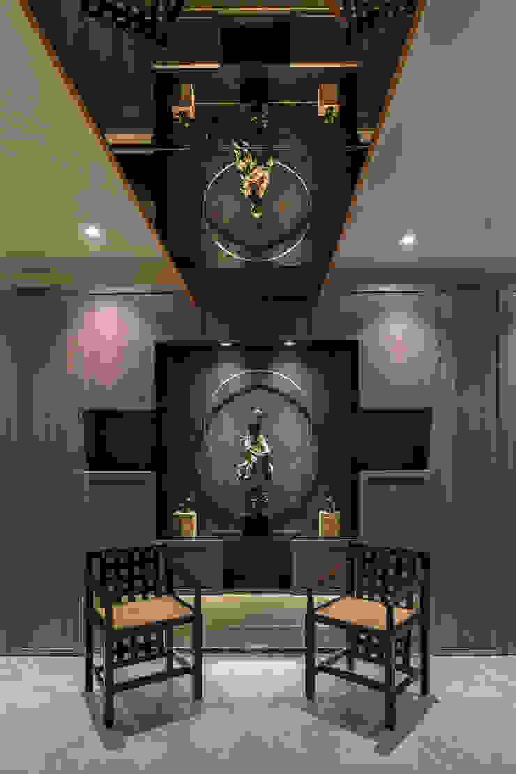 收藏品區 Modern Living Room by 千屹設計 Modern