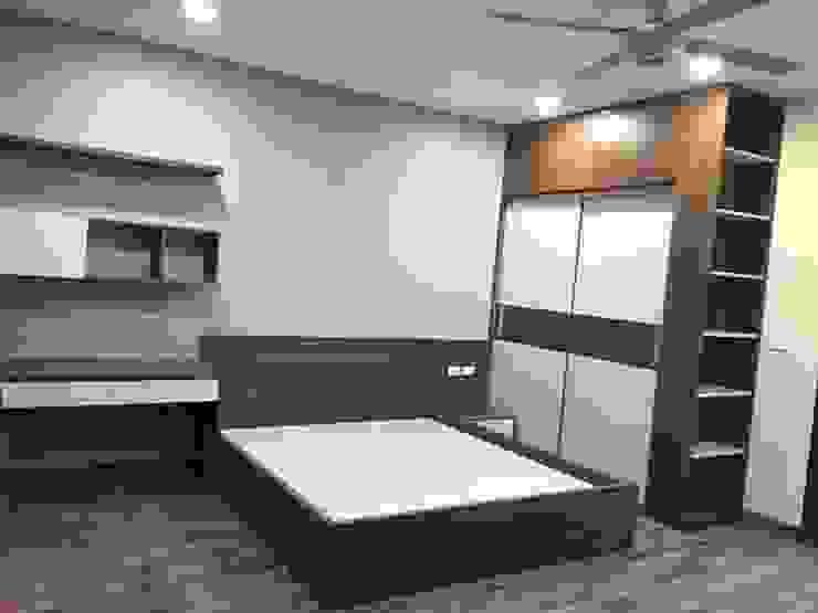 Combo phòng ngủ: hiện đại  by OKIA Furniture, Hiện đại