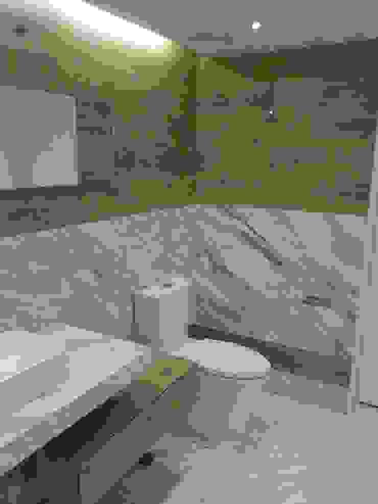 Diseño y Construcción de Oficinas de Arquitectura Progresiva Moderno