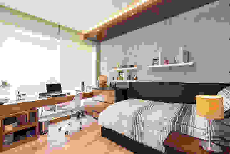 RECÁMARA 1 Dormitorios clásicos de ESTUDIO TANGUMA Clásico