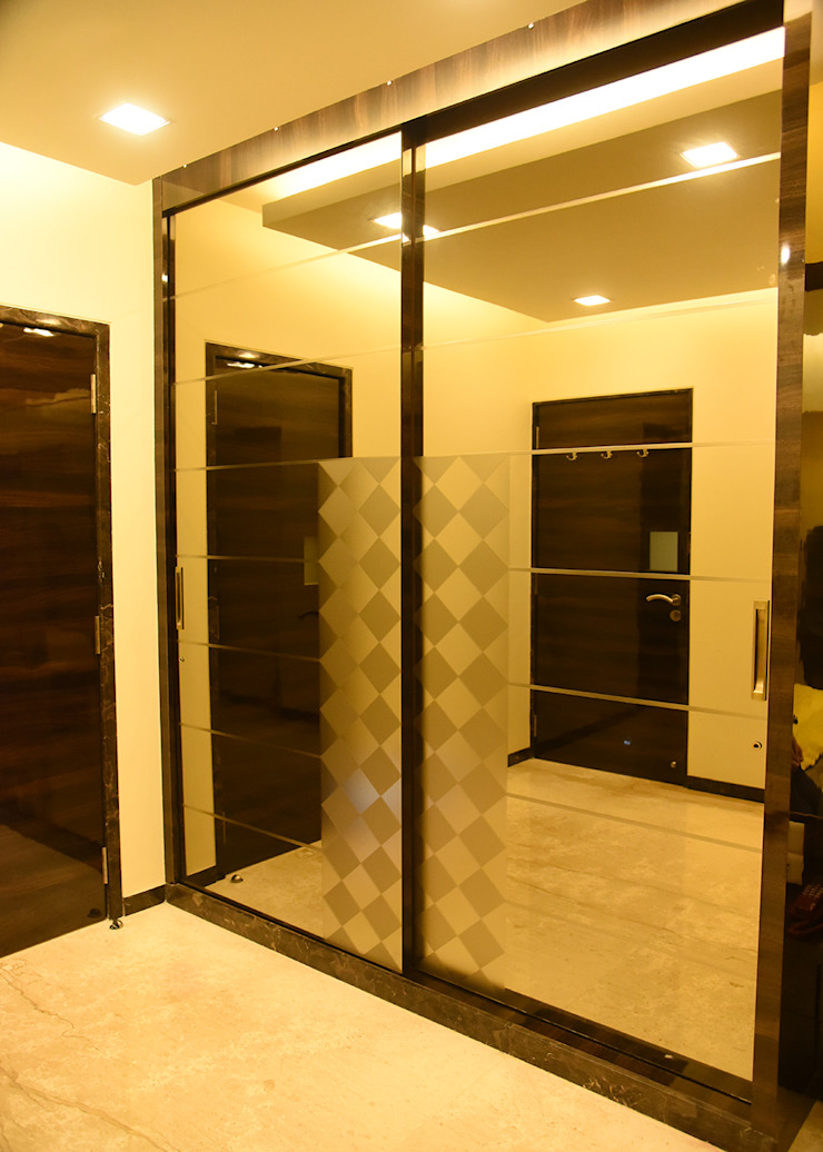 massive mirror wardrobes Ornate Projects Small bedroom Plywood Transparent
