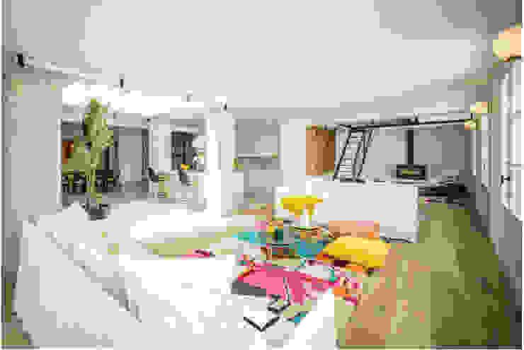 Soho Loft Es Jonquet Bconnected Architecture & Interior Design Salones de estilo ecléctico Multicolor