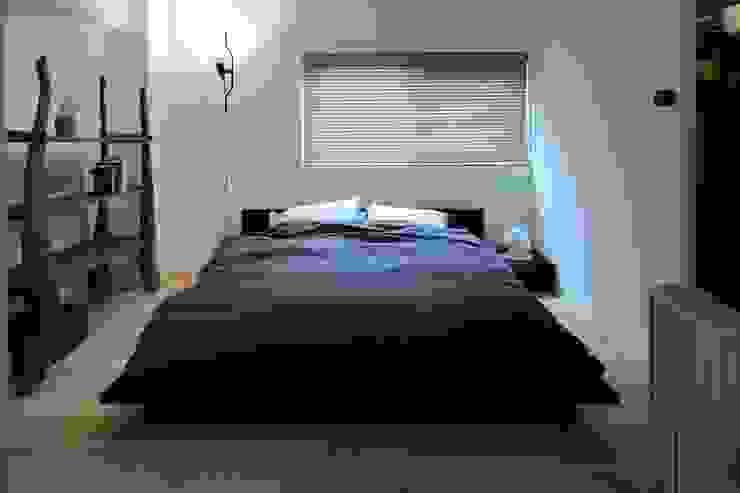 studio m+ by masato fujii Asian style bedroom