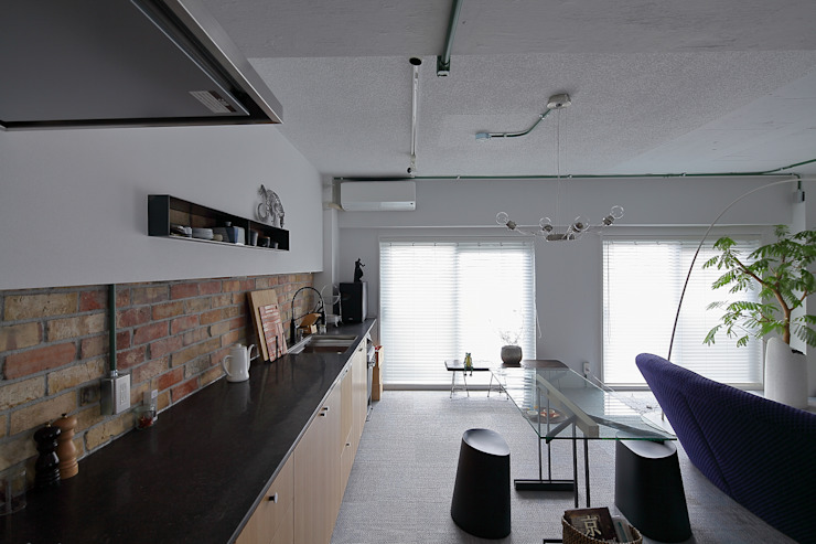 studio m+ by masato fujii Kitchen units