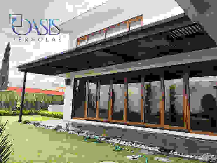 Domos y Pérgolas Híbridas para Terrazas y Jardines Oasis Pérgolas Techos planos