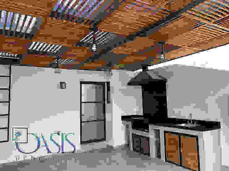 Domo Híbrido con Asador Integral Argentino Oasis Pérgolas Balcones y terrazas de estilo moderno