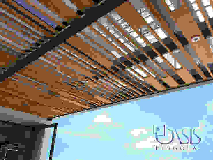 Domo Híbrido Diseño Especial Oasis Pérgolas Balcones y terrazas de estilo moderno