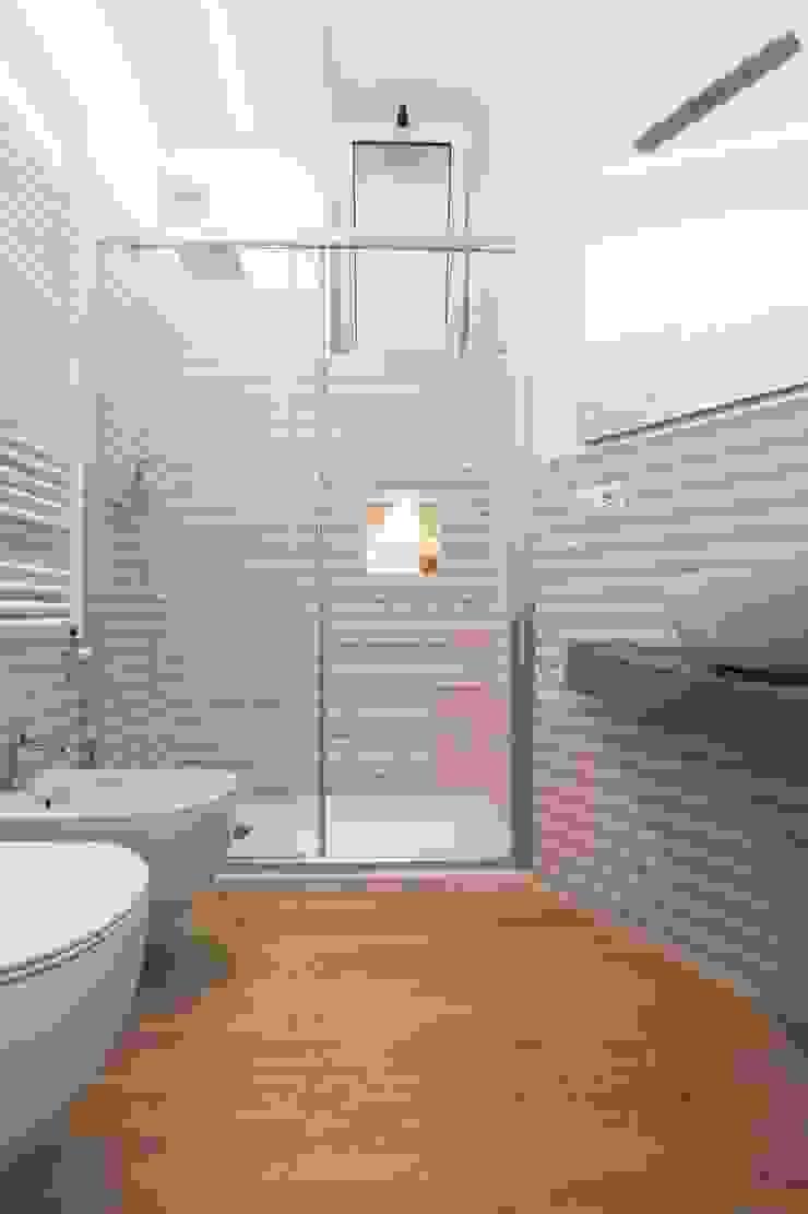LM PROGETTI Modern bathroom