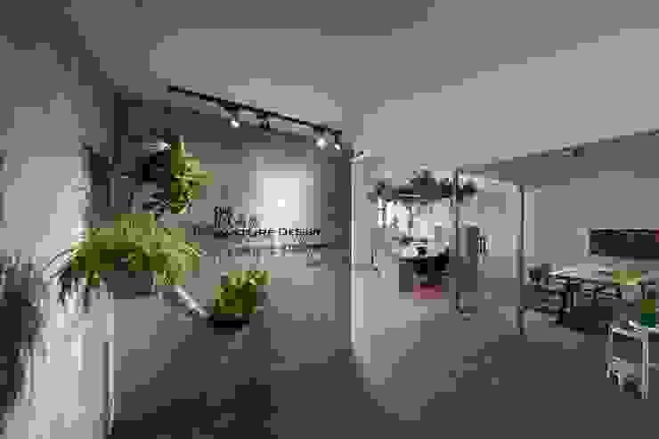 以植物為主角的森林系辦公室 根據 微自然室內裝修設計有限公司 田園風