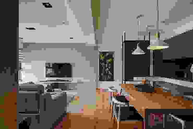 Salas de estilo asiático de 微自然室內裝修設計有限公司 Asiático
