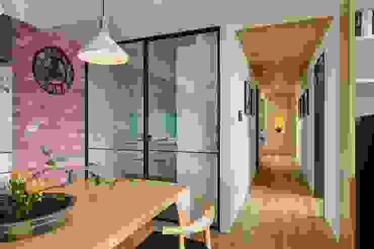 Cocinas de estilo asiático de 微自然室內裝修設計有限公司 Asiático