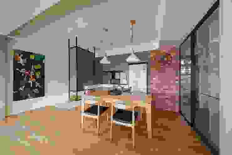 Comedores de estilo asiático de 微自然室內裝修設計有限公司 Asiático