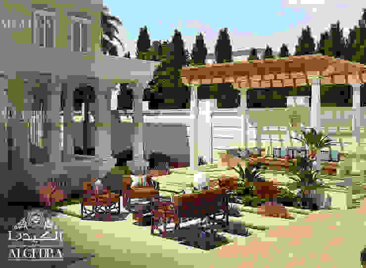 Backyard patio in luxury villa Algedra Interior Design Colonial style balcony, veranda & terrace