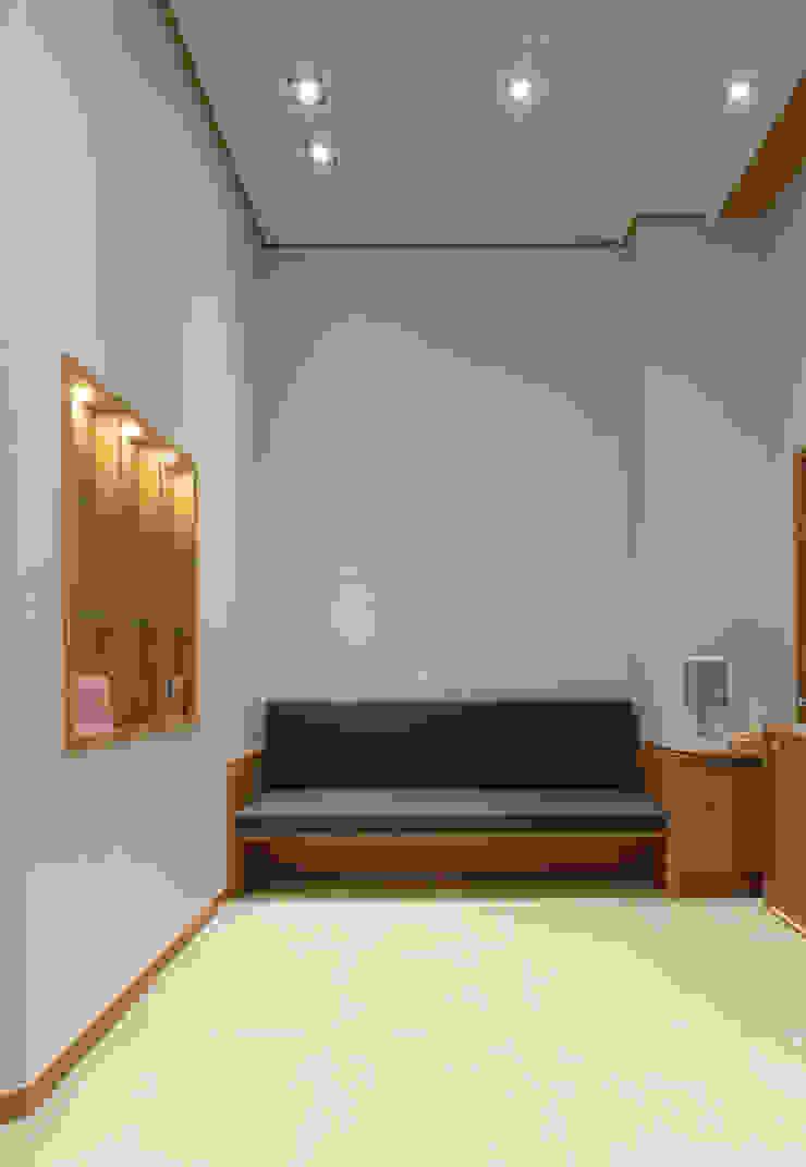 건축일상 Modern Corridor, Hallway and Staircase