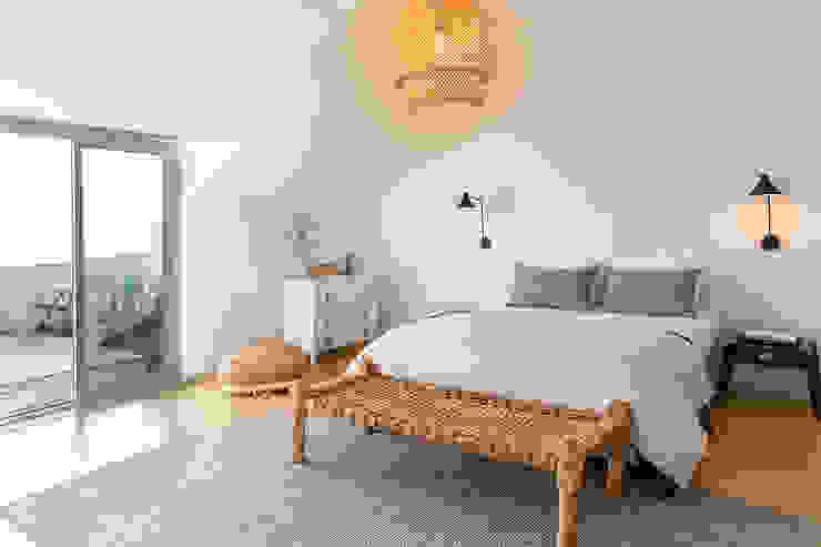Staging Factory Dormitorios de estilo escandinavo