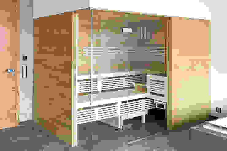 Sauna mit Eicheverkleidung| KOERNER Saunamanufaktur KOERNER SAUNABAU GMBH Sauna