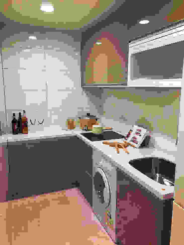 L型小宅廚房 現代廚房設計點子、靈感&圖片 根據 微.櫥設計/We.Design Kitchen 現代風
