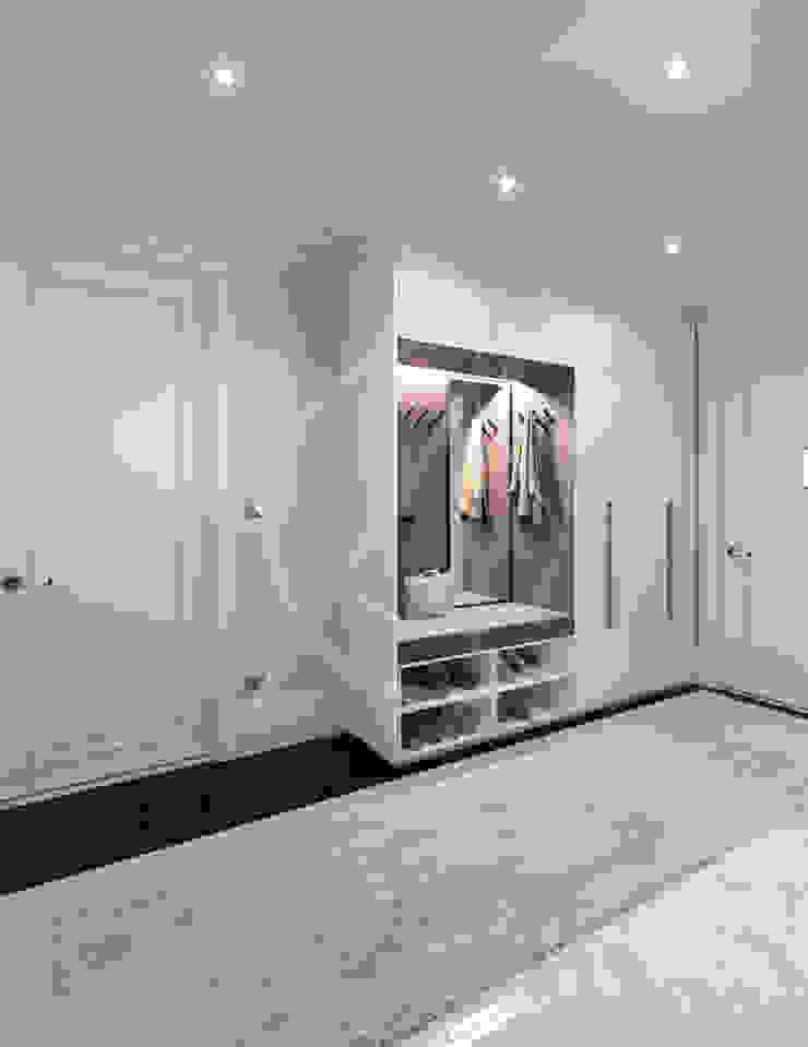 Luxury Neoclassical Palace Interior Design Vestidores y placares de estilo clásico de Comelite Architecture, Structure and Interior Design Clásico