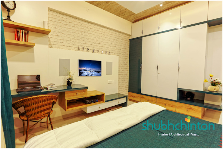 Bedroom : classic  by Shubhchintan Design possibilities,Classic Plywood