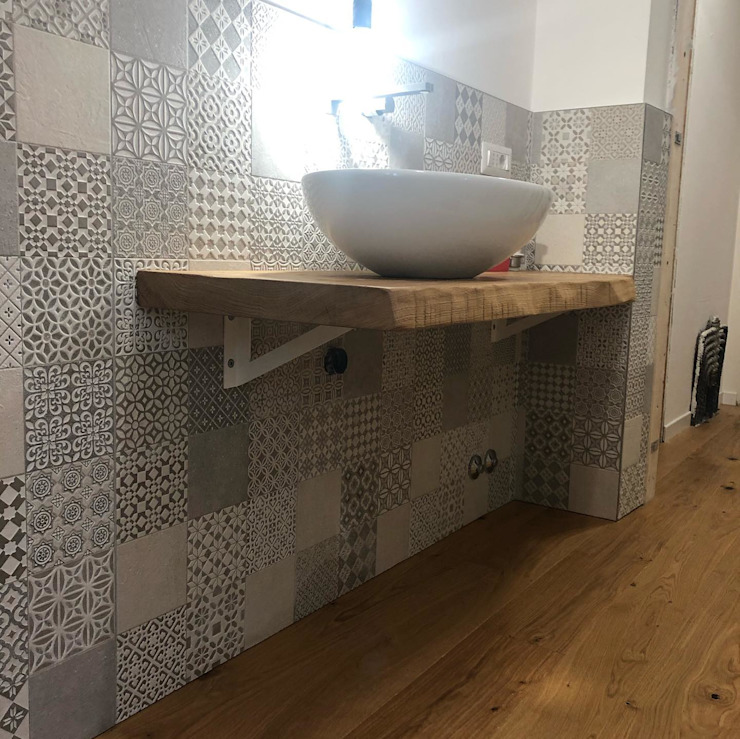 Stil Legno snc Modern bathroom Solid Wood Wood effect