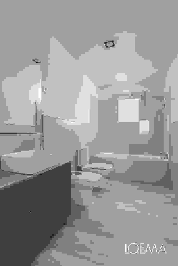 Loema Reformas Integrales Madrid Modern bathroom Blue