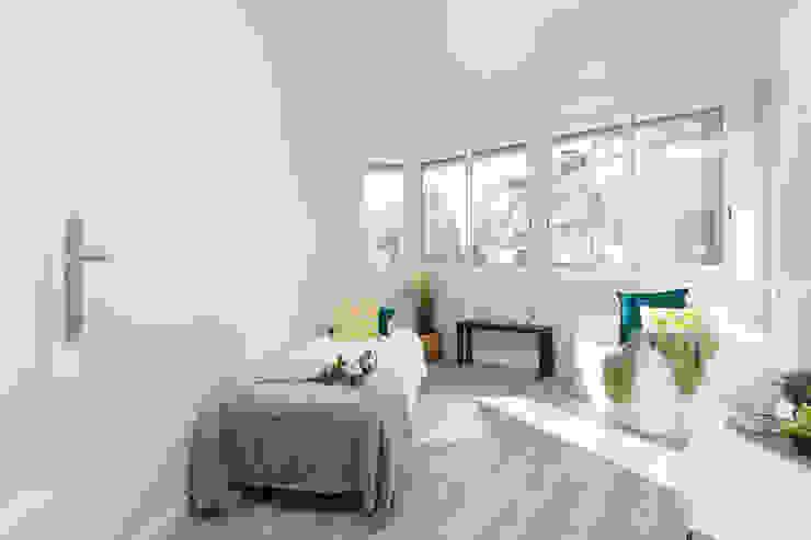 Dormitorio Dormitorios de estilo escandinavo de Lala Decor Home Staging y Reformas Integrales de pisos Escandinavo