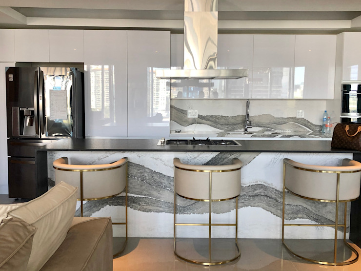 Modern kitchen by Alejandra Zavala P. Modern Quartz