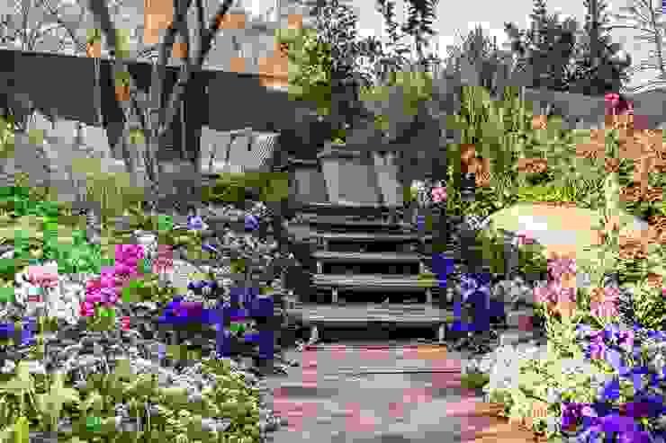 AWARD WINNING SHOW GARDEN 2018 Rustic style garden by Young Landscape Design Studio Rustic
