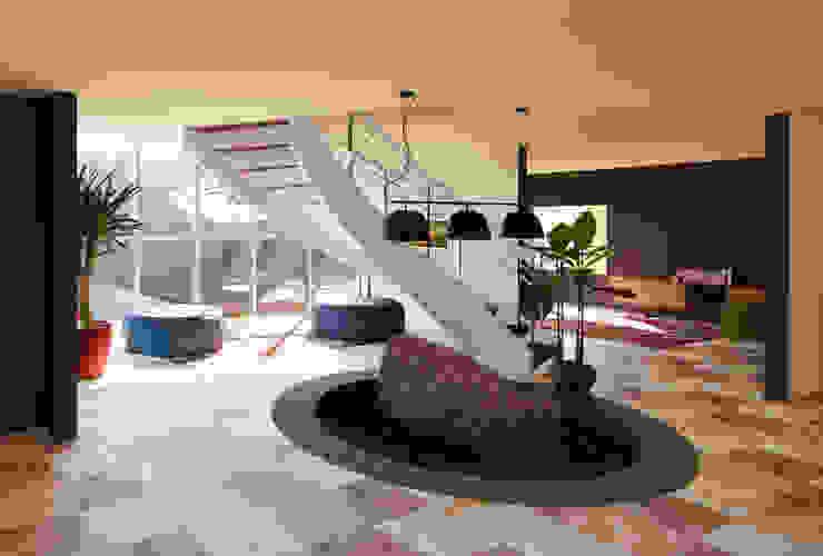 juanbarahona_19 Stairs Concrete Beige